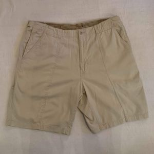 Tommy Bahama Tan Shorts Size 38